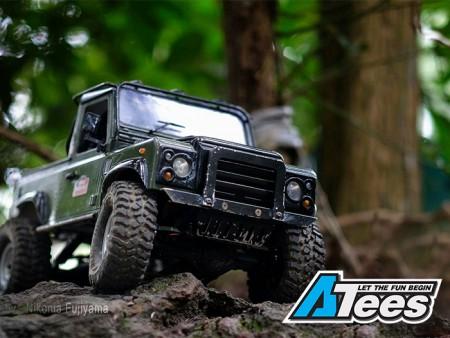 Customer Spotlight: SPT Custom Land Rover D90 Pickup SCX10